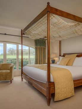 Four Poster Bed and Breakfast Stay